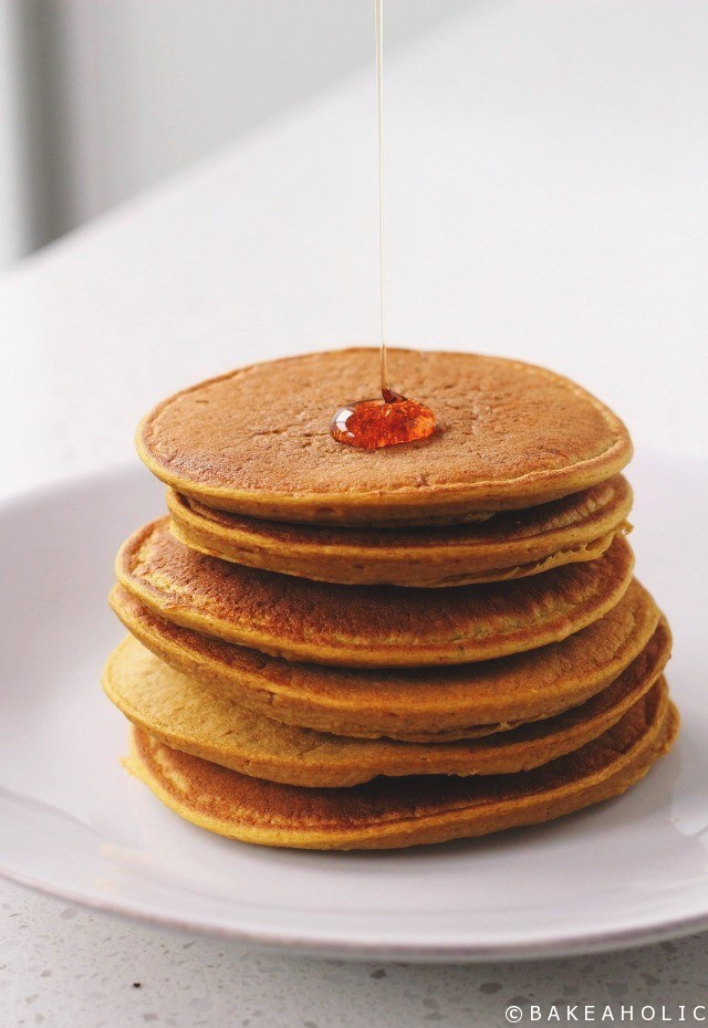 Blender Pumpkin Spiced Pancakes - Bakeaholic.ca