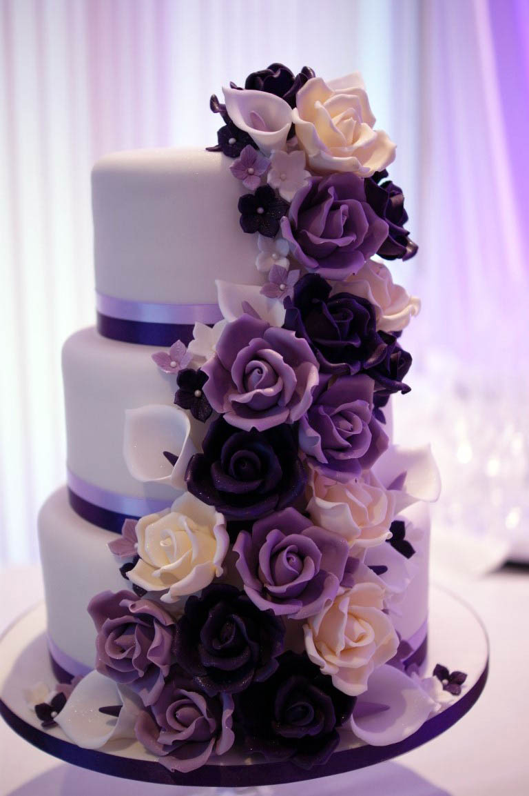 Celebration Wedding Cakes Hertfordshire Bakealous Stevenage