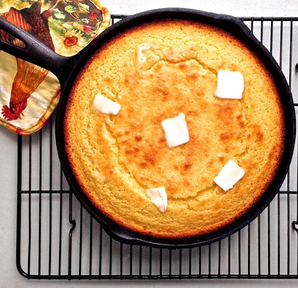 Buttermilk Honey Skillet Cornbread