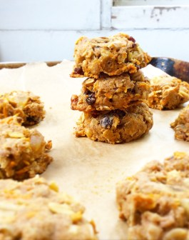 Oatmeal Raisin Carrot Cake Cookies