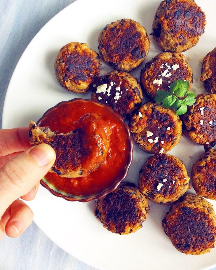 Mushroom & White Bean Meat(less)balls