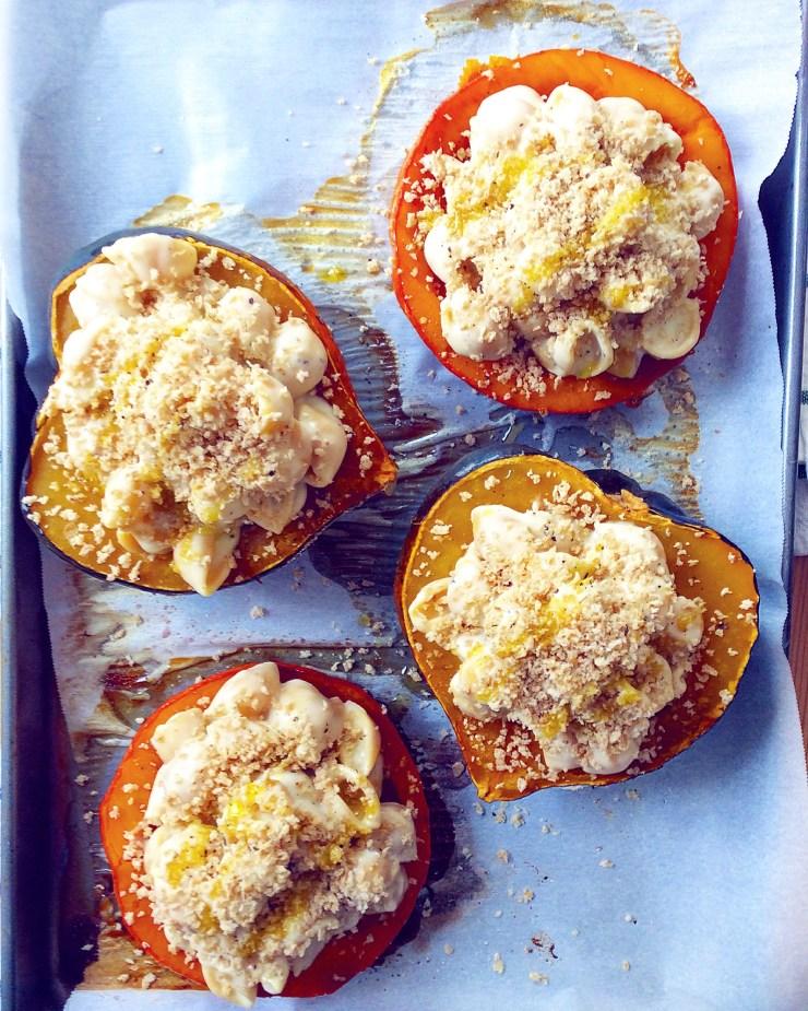 Mac & Cheese Stuffed Acorn Squash