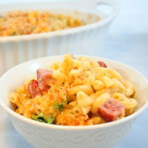 Oven Baked Farmers Macaroni and Cheese with Smoked Sausage and Broccoli