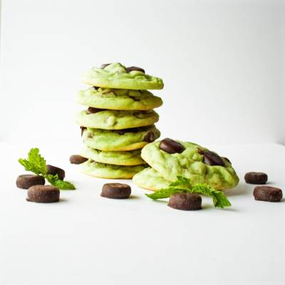 Mint Chocolate Chip York Mini Mint Patty Cookies at Delectable, www.delectablecookingandbaking.com