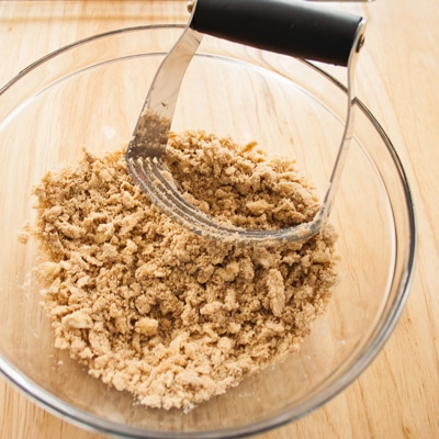 Brown Sugar Streusel, www.bakeitwithlove.com