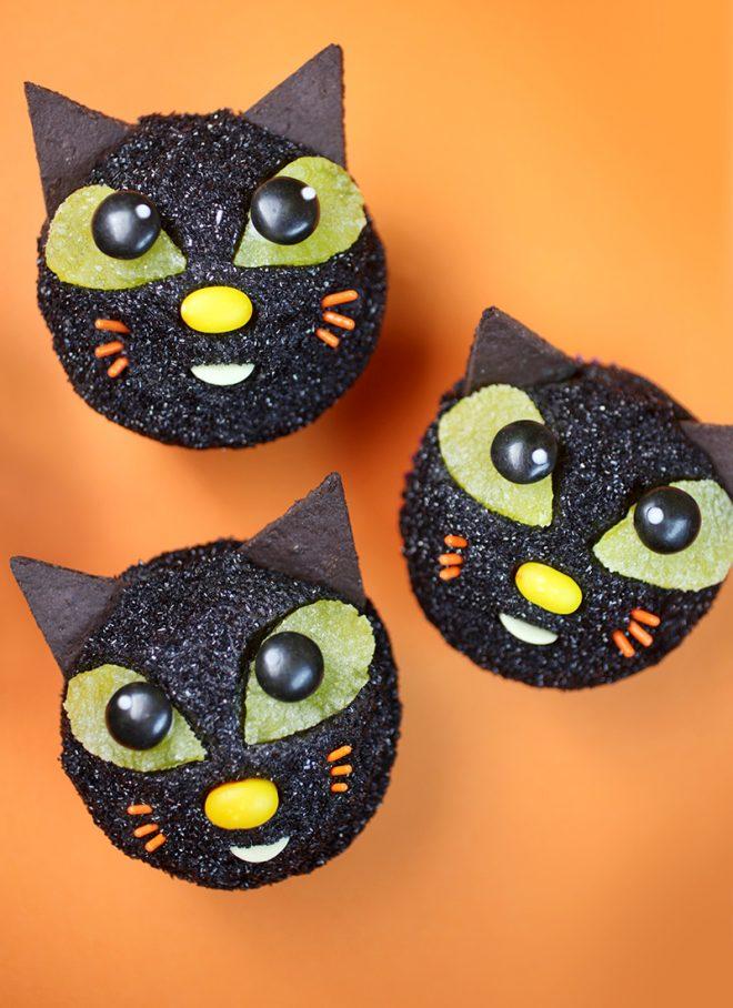 Black Cat Cupcakes Bakerella Com