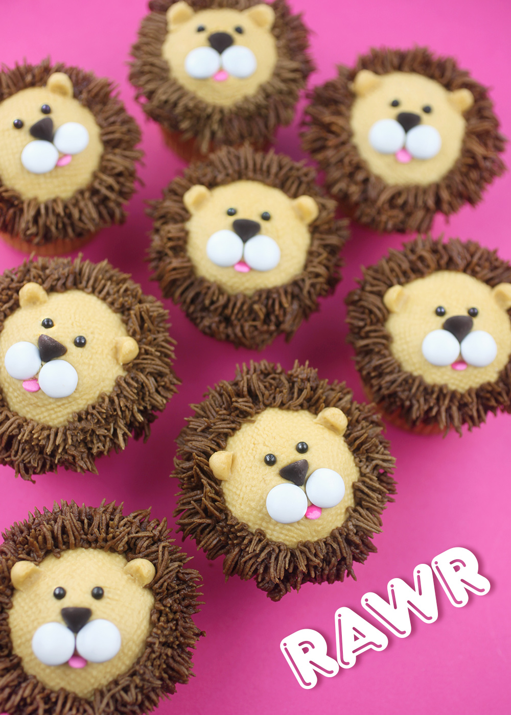 Royally Cute Lion Cupcakes