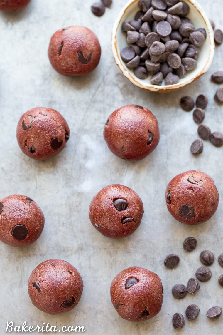 These Red Velvet Cookie Dough Bites are the perfect quick & easy snack or dessert! These gluten-free, paleo and vegan cookie dough bites are naturally tinted with a healthy superfood powder.