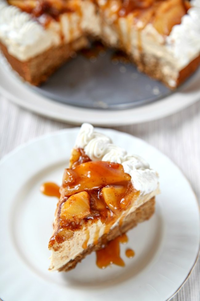 Caramel Apple Cheesecake Recipe for Thanksgiving dessert