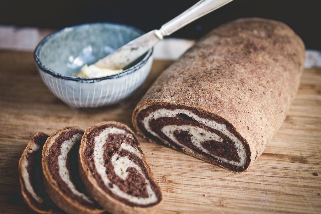 gluten free marble rye bread-3