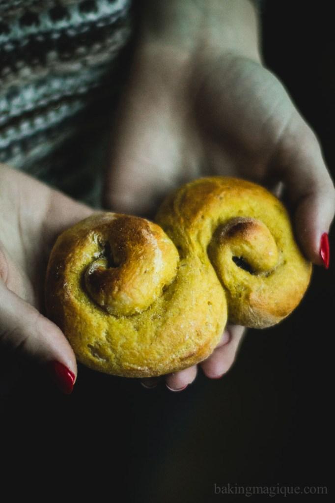 gluten free swedish saffron buns-4