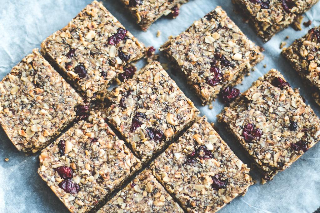 cranberry granola bars-4