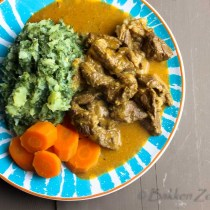 Goulash met stamppot boerenkool en wortels