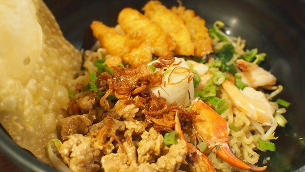Pontianak Crab Noodle di Bong Kopi Town