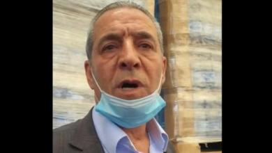 """صورة خلال جنازة شقيقه """"خليل"""".. حسين الشيخ: سأقطع يدي إذا كانت شريكة في ضرب النسيج الاجتماعي والوطني الفلسطيني"""