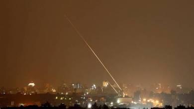 صورة بعد تهديدات نتنياهو .. صاروخ من غزة نحو عسقلان