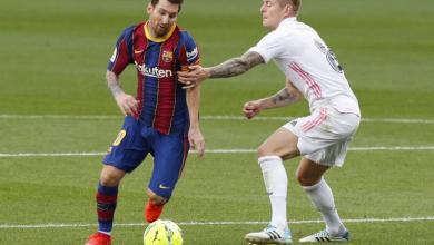 """صورة ريال مدريد يهزم برشلونة بثلاثية ويتصدر """"الليغا"""""""