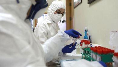 """صورة الصحة بغزة: تسجل 4 وفيات جديدة بفيروس """"كورونا"""" و827 إصابة وتعافي 280 آخرين"""