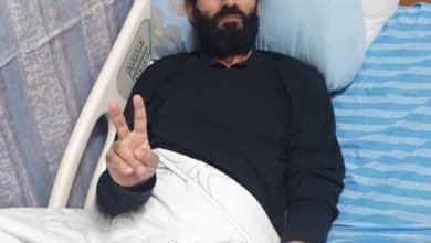 صورة الأسير ماهر الأخرس يعلق إضرابه بعد التوصل لاتفاق بالإفراج عنه