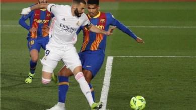صورة ريال مدريد يقفز للصدارة على أكتاف برشلونة