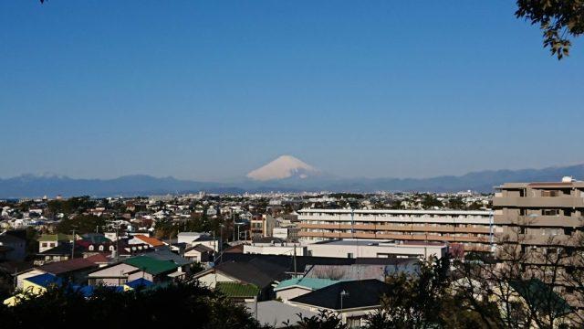 スマホデビュ今年一番の雪景色ー富士2