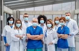 La necesidad de humanizar la medicina se ha hecho más patente tras la actual crisis sanitaria