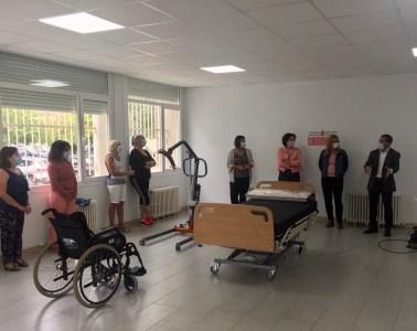 Disponible la bolsa de empleo de personas cuidadoras para trabajar en residencias de Navarra