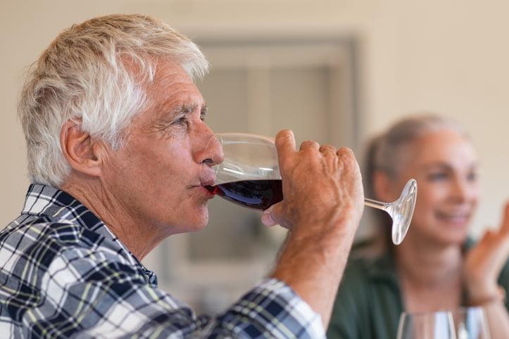 Consumo de alcohol en las personas mayores