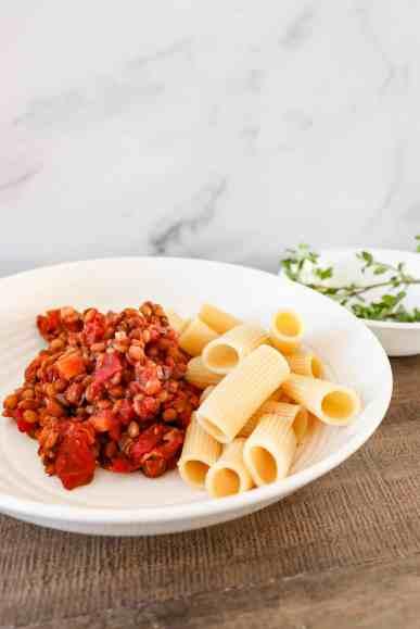 Slow Cooker Vegan Bolognese w/ Lentils