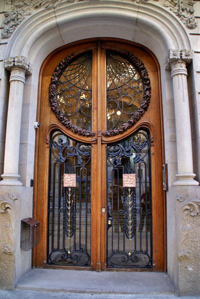 Barcelona  Art Nouveau  The Bald Heretic  Short bald