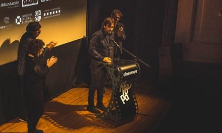 Isaki Lacuesta recibe o Premio Cineuropa ante un abarrotado Teatro Principal