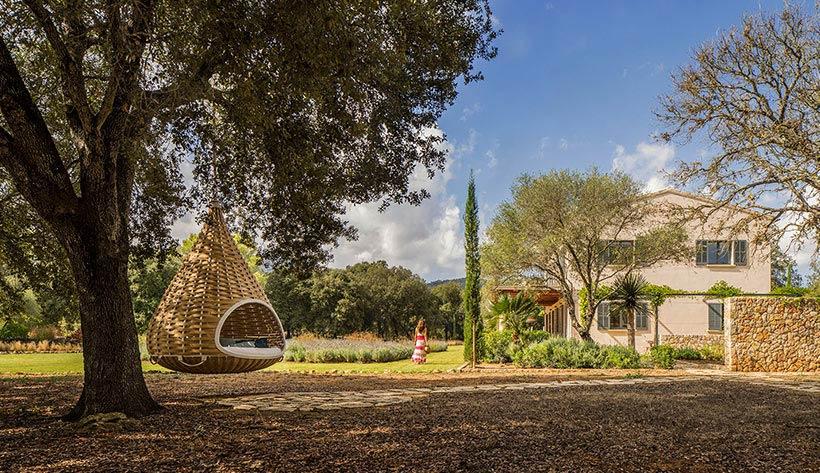 Garden Design Minimalism And Pure Mediterranean Essence