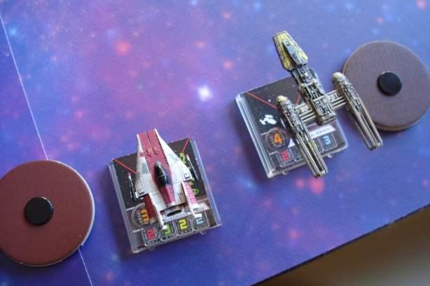 Squadra oro, un Y-Wing col suo caccia di scorta, un maneggevole A-Wing