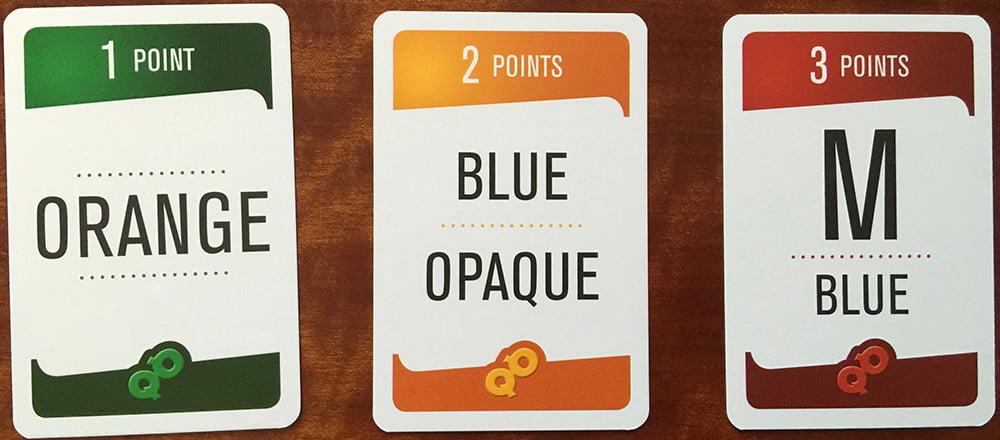 Tre carte di tre tipologie diverse: in alto vedete il relativo punteggio, al centro le indicazioni da soddisfare.