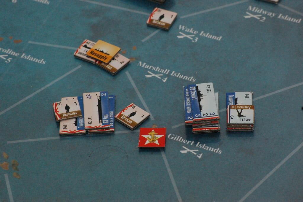 Gli obiettivi (nella foto la pedina rossa) finiscono per attrarre le forze più consistenti.