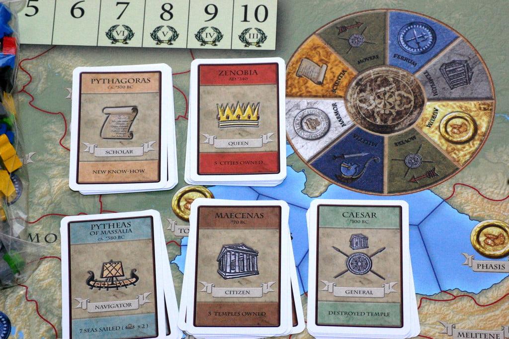 Carte personaggio: un modo elegante ed originale per conteggiare i punti vittoria.