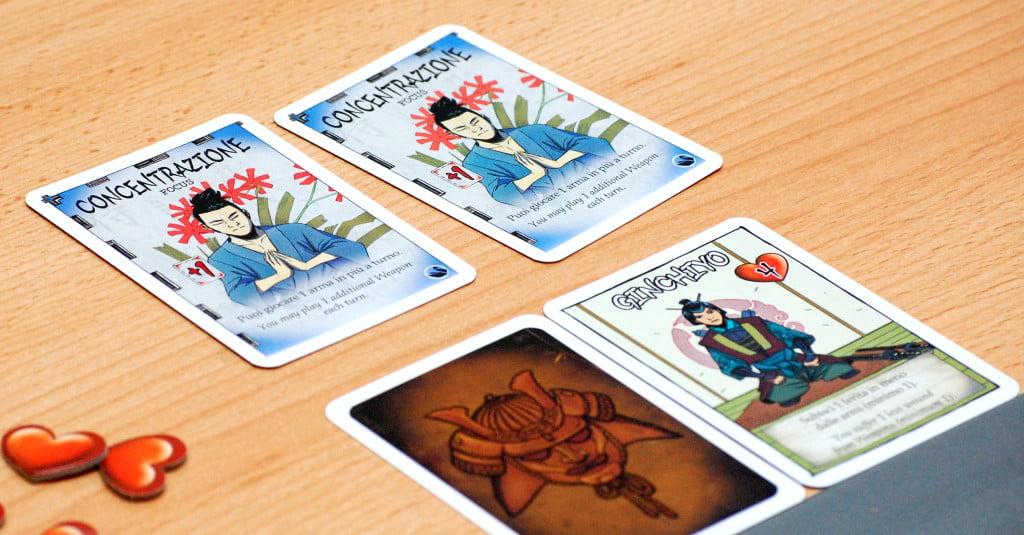 Un personaggio, la cui identità è nascosta. Possiede 2 carte proprietà.