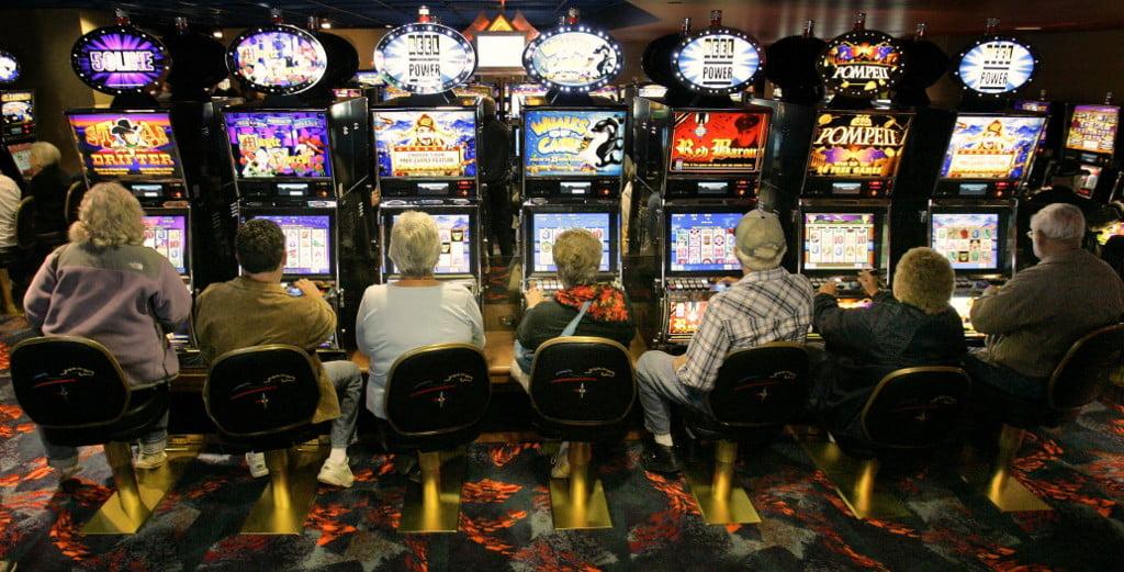 Il Gioco è socialità e aggregazione. L'azzardo spesso è solitudine.