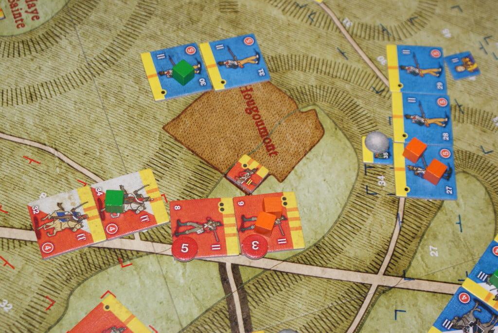 Lo scontro fra veterani inglesi e la fanteria del II° Corpo francese: i francesi si ritirano ma gli avversari sono un po' malconci