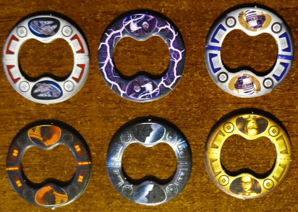 Alcuni degli anelli che possono essere applicati ai segnalini dei leader per indicare gli status speciali. A destra, ad esempio, potete riconoscere C-3PO e R2-D2, che possono aiutare i nostri eroi.