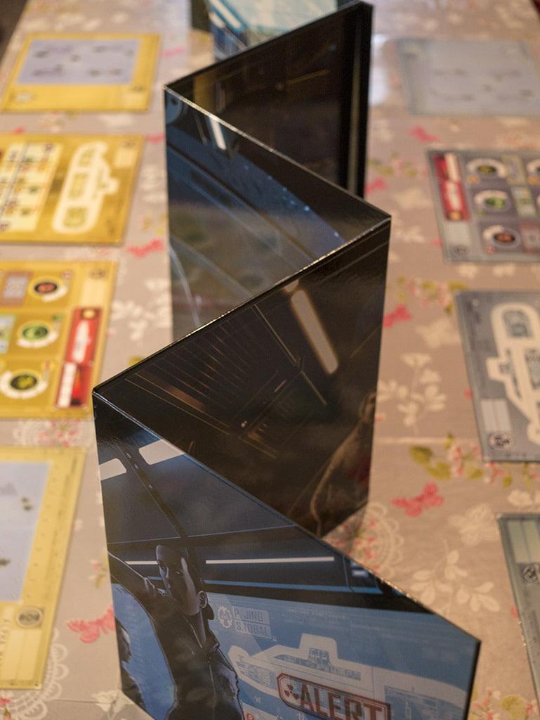 Il set-up per una partita a 8 giocatori è terminato: serve un tavolo spazioso