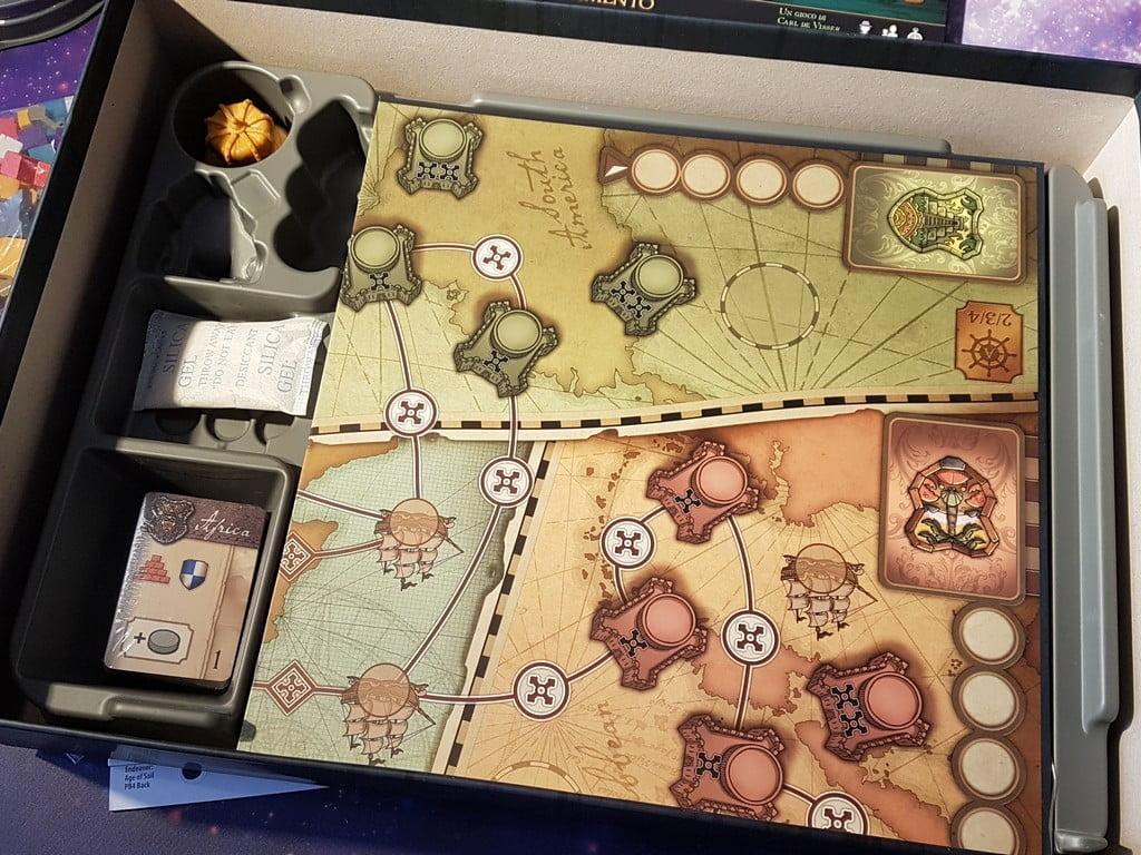 La scatola è perfetta per la versione Kickstarter, ma ottima anche per quella retail.
