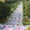 Ein neues Projekt: Neue Yoga-Anzüge und Yogamatten für die Kinder! - 19 Aug 13