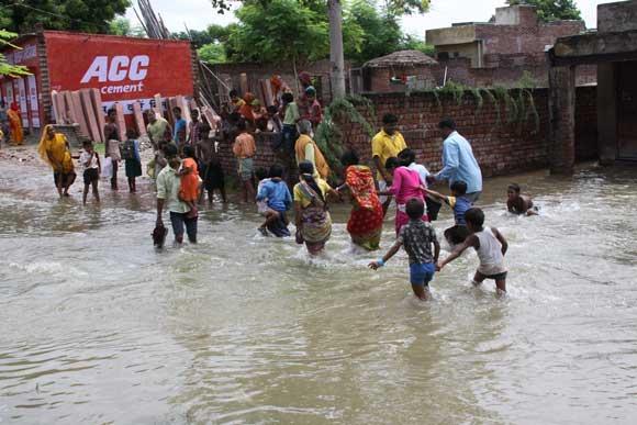 Water of Yamuna Entering Vrindavan – 26 Aug 10