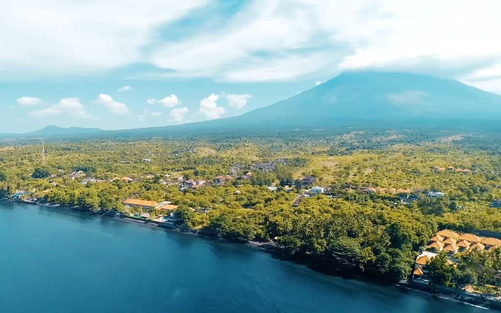 visite voyage bali entre mer et volcan