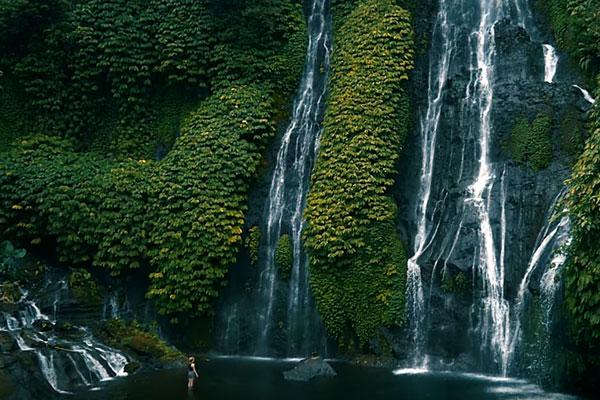 lovina-voir-les-cascades-sekumpul