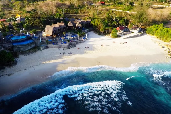 nusa-lembongan-dream-beach