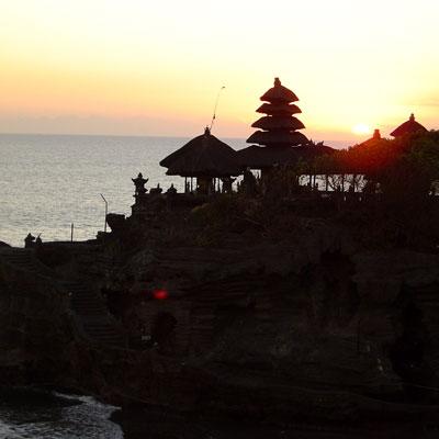 visite-des-temples-tanah-lot-bali-indonesie