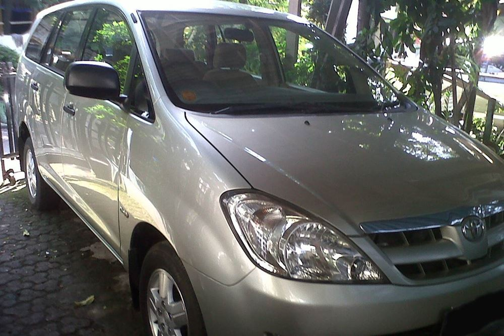 Bali Car Charter With Driver - Kijang Innova - Gallery Image 03260217