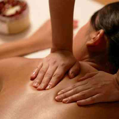 The post natal massage and slimming body wrap course at the Bali International Spa Academy and Massage School is designed for spa and wellness professionals who want to incorporate maternity care into their portfolio.
